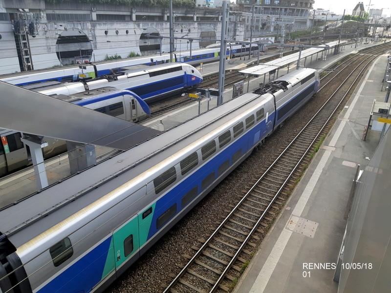 "Gare de Rennes : ambiance ""bleu-gwen du"" 10/05/18 20181055"