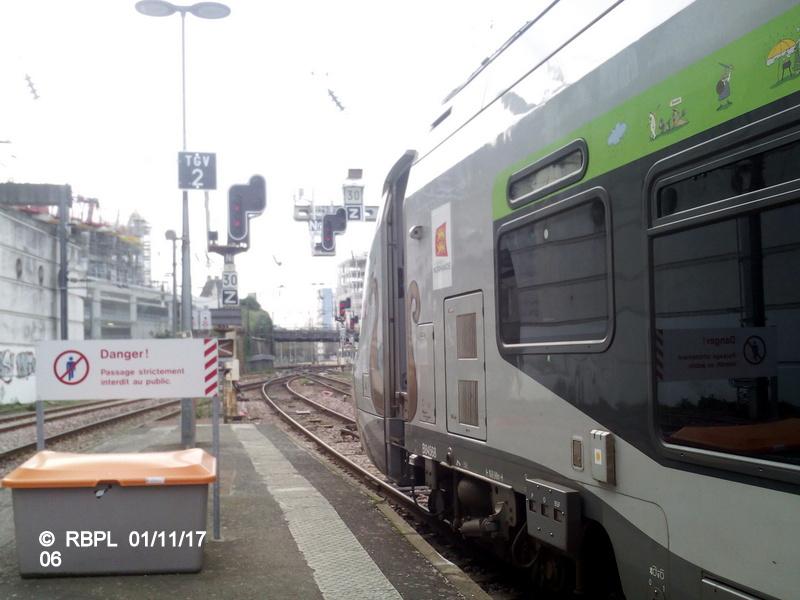 Ambiance gare de Rennes Toussaint 2017 Img_2041
