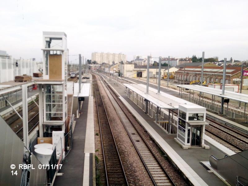 Ambiance gare de Rennes Toussaint 2017 Img_2053