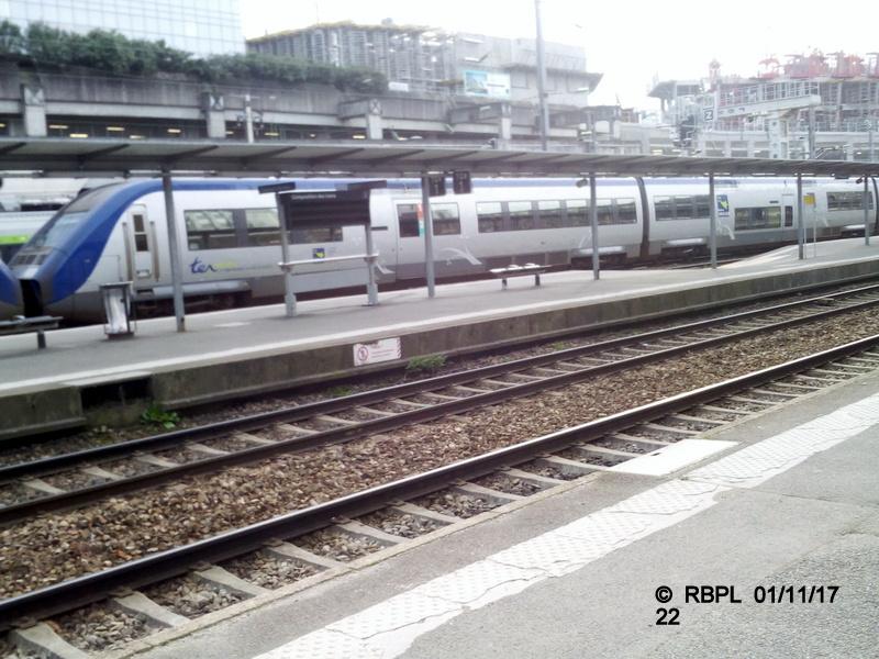 Ambiance gare de Rennes Toussaint 2017 Img_2065