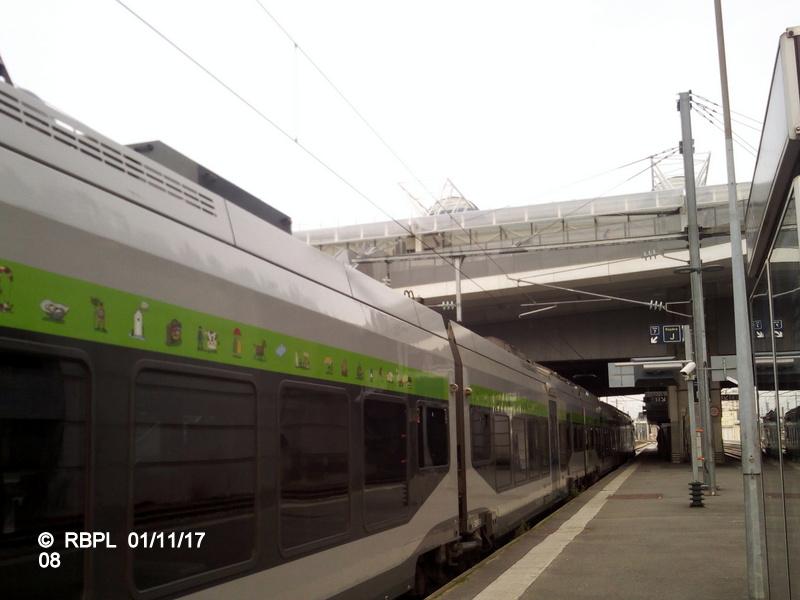 Ambiance gare de Rennes Toussaint 2017 Img_2070