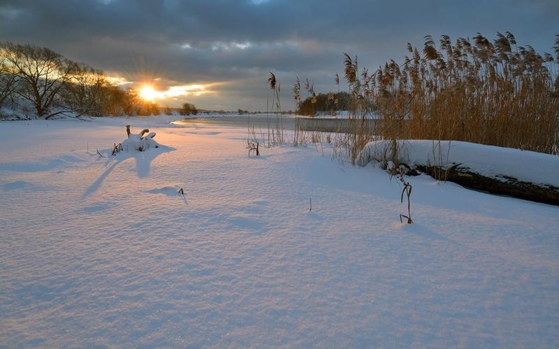 Zimski pejzaži-Winter landscapes - Page 26 82784811