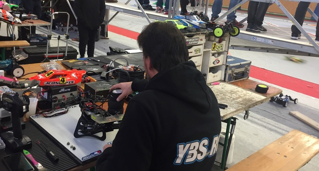Course indoor tt 1/10,M.R.C.C,Corzé (49)  12a35810