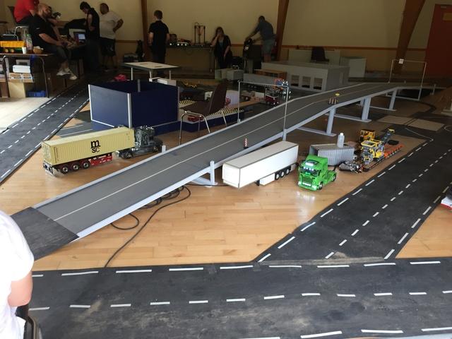 Camions & voitures r.c a Brion (49) Ba2d0210