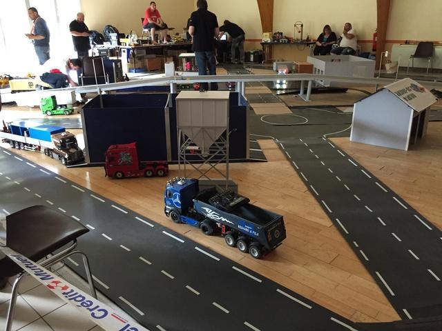 Camions & voitures r.c a Brion (49) Bcb28d10