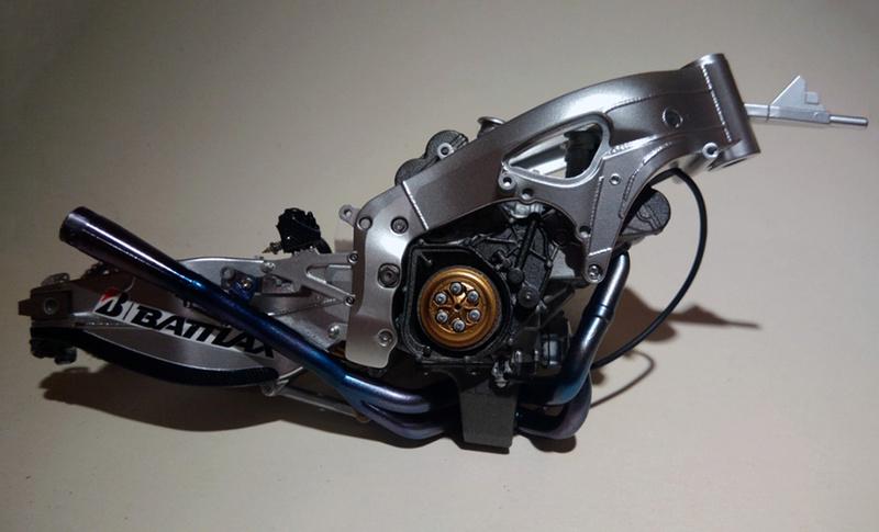 Honda RC213V Test bike 2014 - Modèle terminé!! P_201866