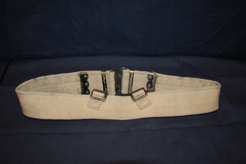 WW2 British ammo pouches Dsc04613