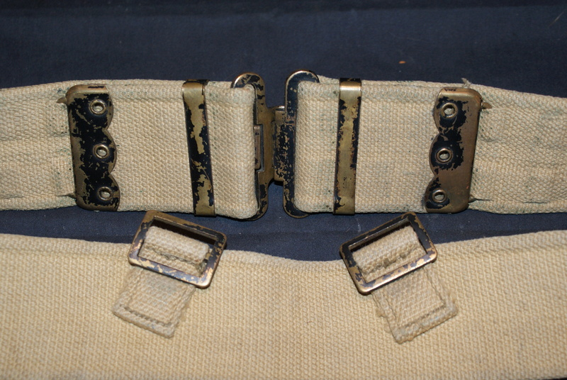 WW2 British ammo pouches Dsc04614