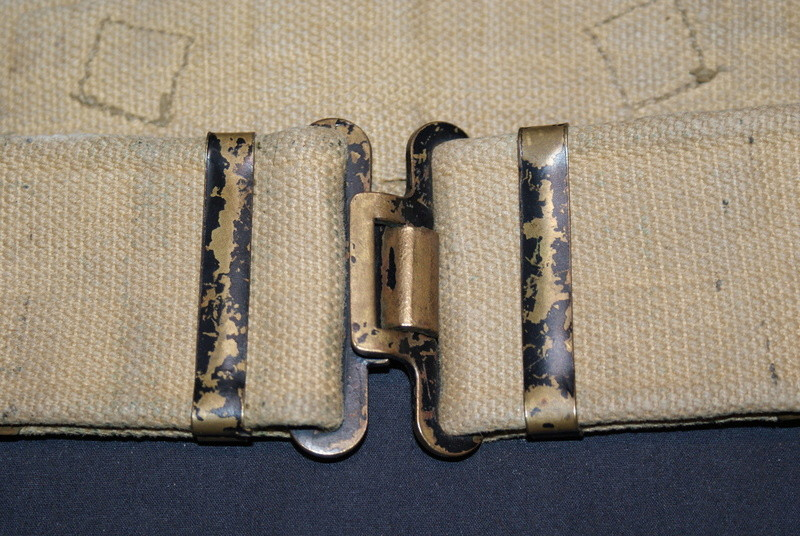 WW2 British ammo pouches Dsc04615
