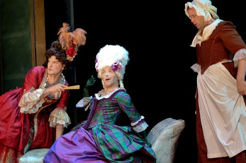 'Act a Lady' from the Hub Theatre Davidz10
