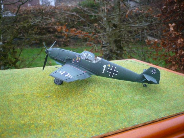 BF-109 E3 I/JG-76 airfix 1/48e P1140410
