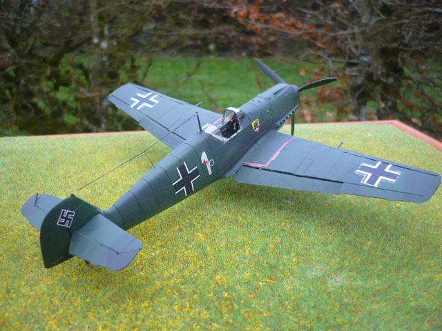 BF-109 E3 I/JG-76 airfix 1/48e P1140413