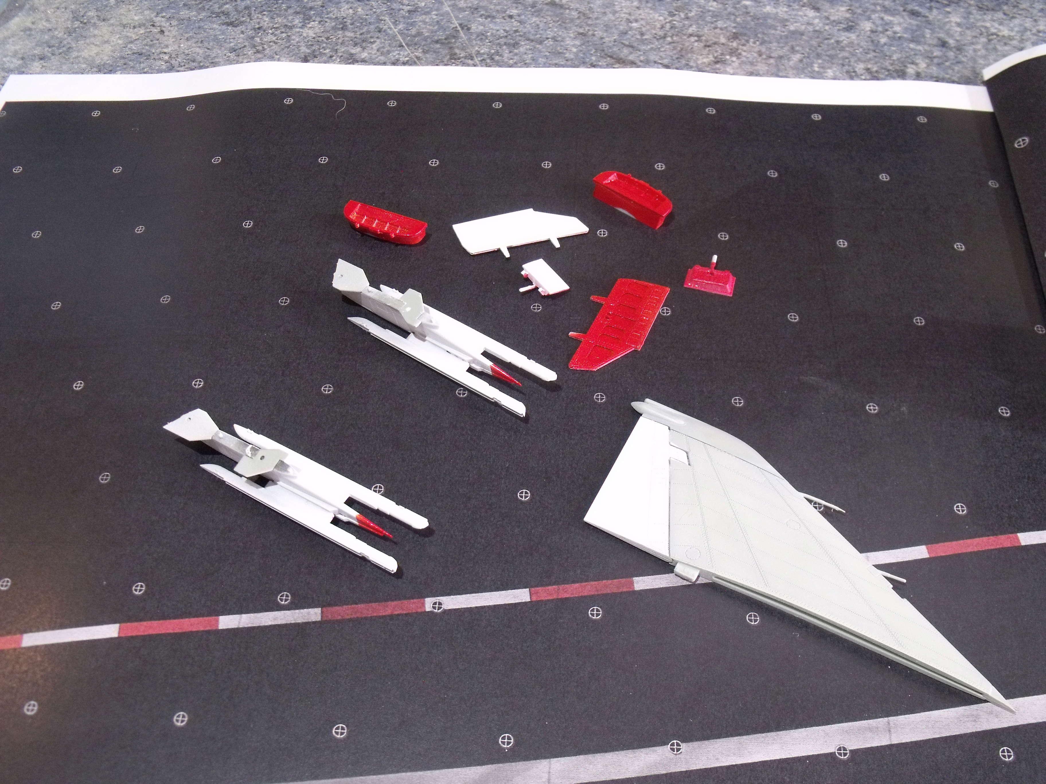 F-4 B Phantom 1/48° - VF-51 - 1972 - Début de patine. - Page 4 Dscf7138