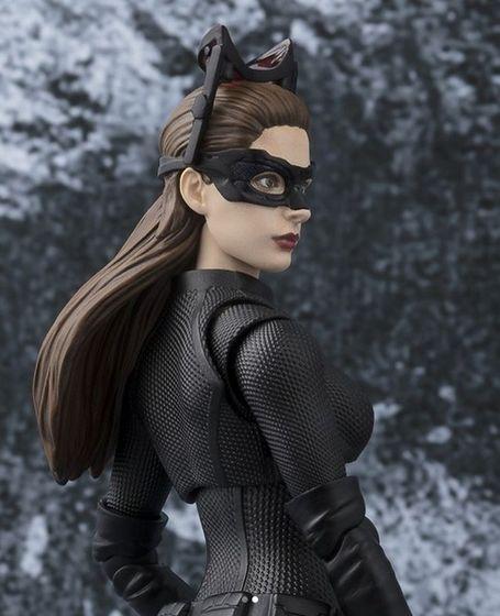 Catwoman - Batman The Dark Knigh rises - SH Figuarts (Bandai) 10510710