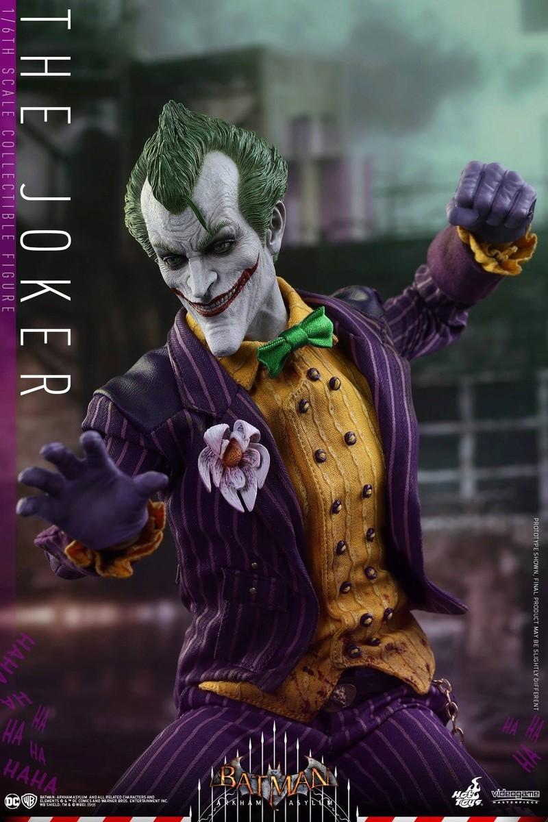 Batman : Arkham Asylum - The Joker Collectible 1/6 (Hot Toys) 13331310