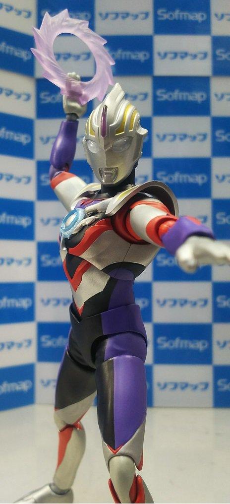 Ultraman (S.H. Figuarts / Bandai) 18073710