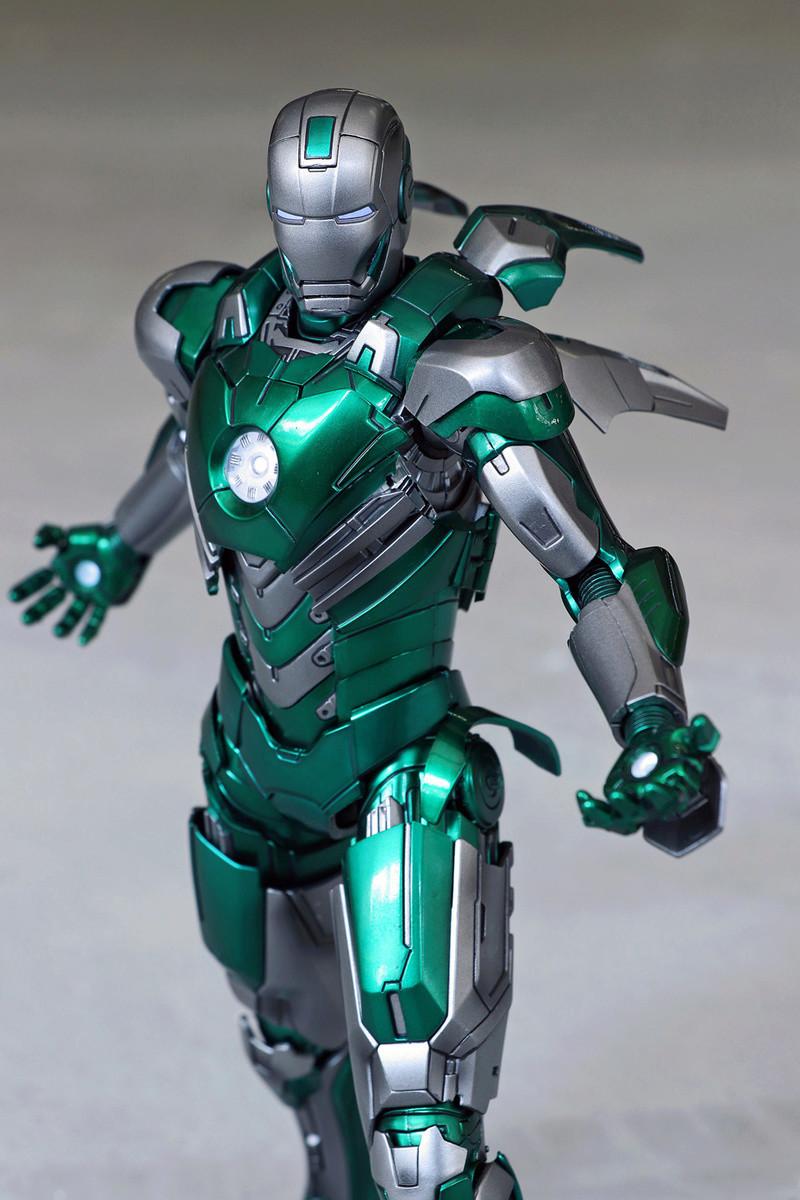 Iron Man 3 - Mark XXXI / Mark 31 : Piston 1/9 Diecast (King Arts) 22122810