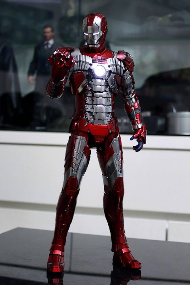 Iron Man 2 - Mark V (5) 1/6 (Hot toys) 29598310