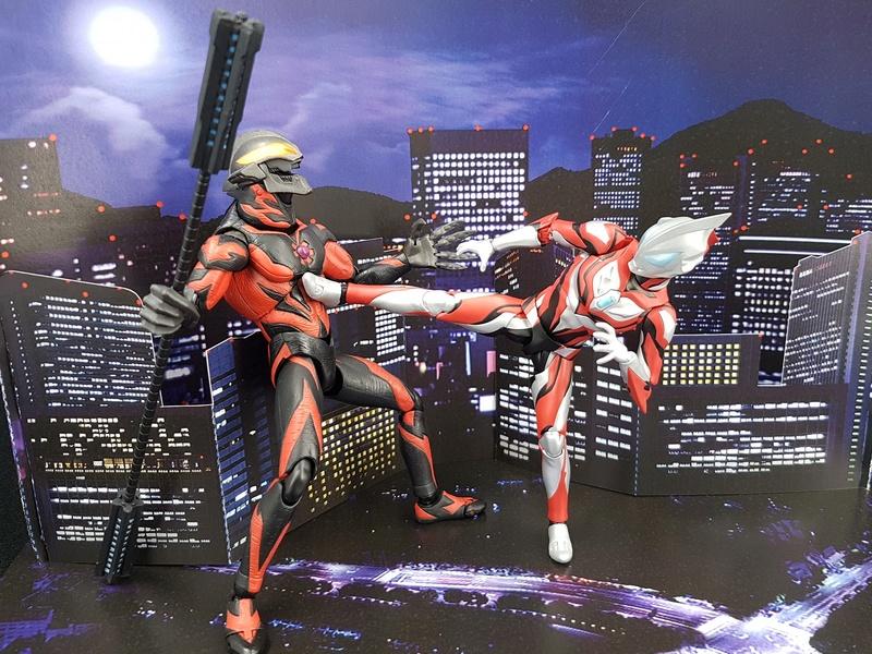 Ultraman (S.H. Figuarts / Bandai) - Page 4 29744910
