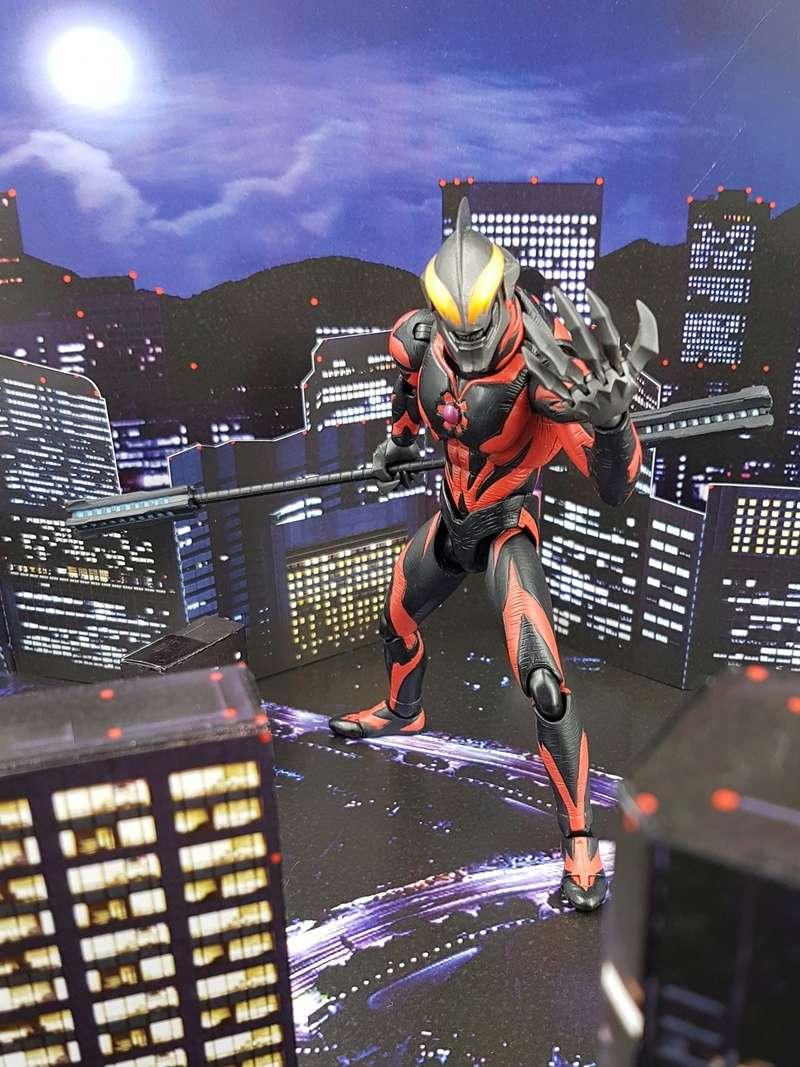 Ultraman (S.H. Figuarts / Bandai) - Page 4 29749310