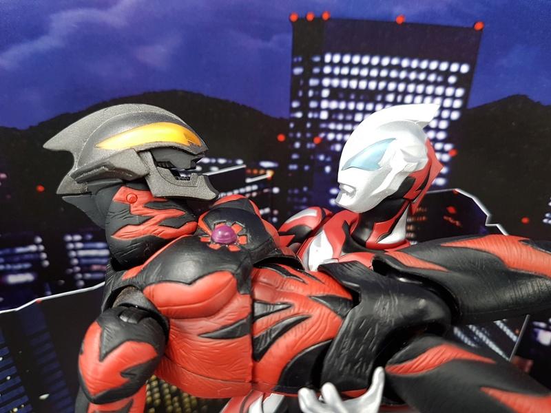 Ultraman (S.H. Figuarts / Bandai) - Page 4 30171210