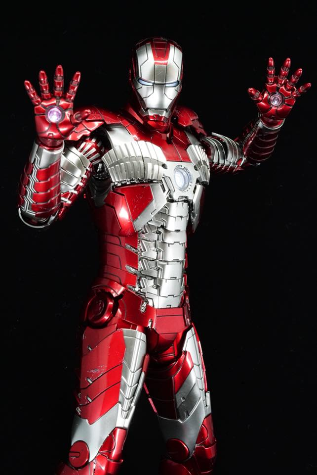 Iron Man 2 - Mark V (5) 1/6 (Hot toys) 32214710