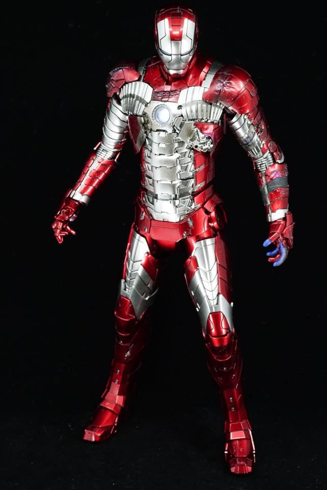 Iron Man 2 - Mark V (5) 1/6 (Hot toys) 32253610