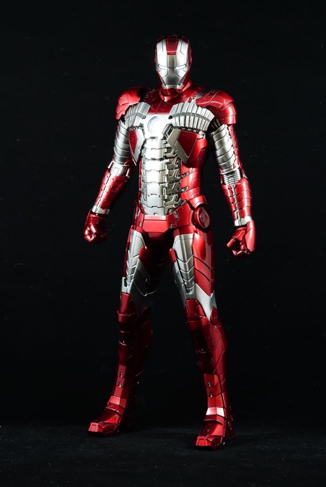 Iron Man 2 - Mark V (5) 1/6 (Hot toys) 32260810