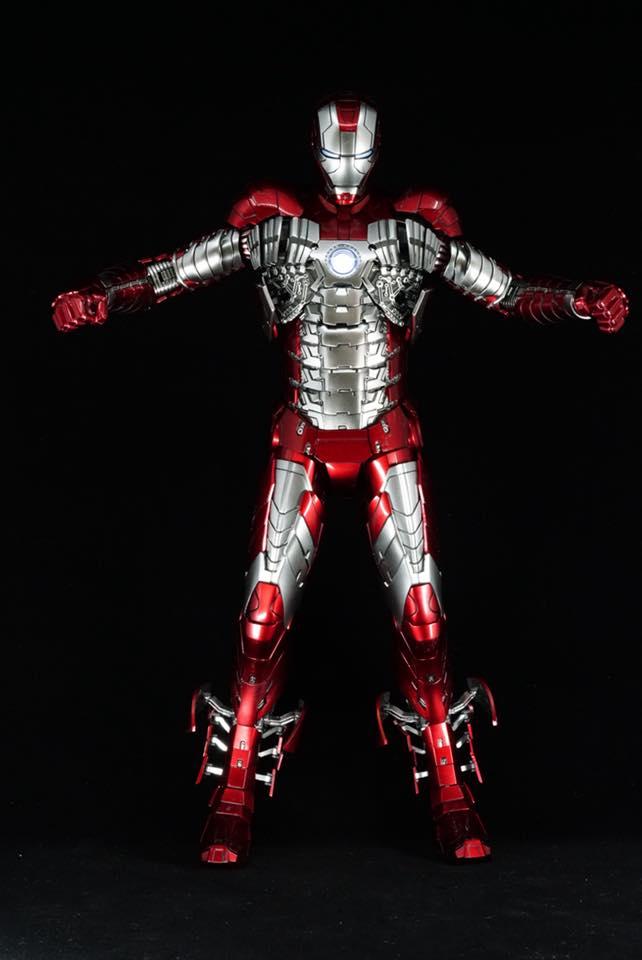 Iron Man 2 - Mark V (5) 1/6 (Hot toys) 32294010
