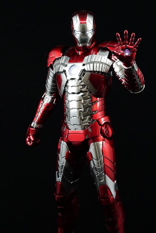 Iron Man 2 - Mark V (5) 1/6 (Hot toys) 32331910
