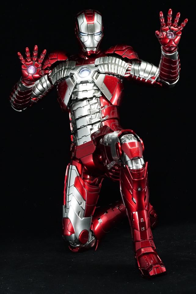 Iron Man 2 - Mark V (5) 1/6 (Hot toys) 32399110