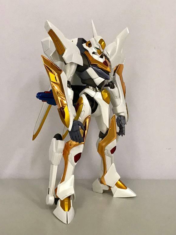 "Gundam : Code Geass - Metal Robot Side KMF ""The Robot Spirits"" (Bandai) - Page 2 33663210"