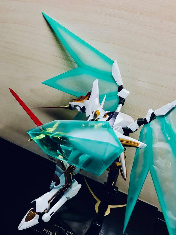 "Gundam : Code Geass - Metal Robot Side KMF ""The Robot Spirits"" (Bandai) - Page 2 33712110"