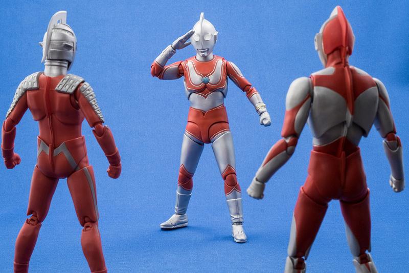Ultraman (S.H. Figuarts / Bandai) - Page 4 3c85ee10