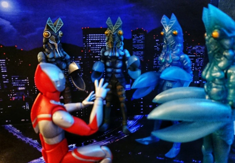 Ultraman (S.H. Figuarts / Bandai) 41d54b10
