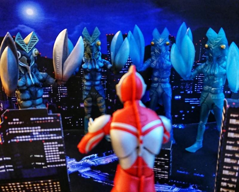 Ultraman (S.H. Figuarts / Bandai) 4df81f10
