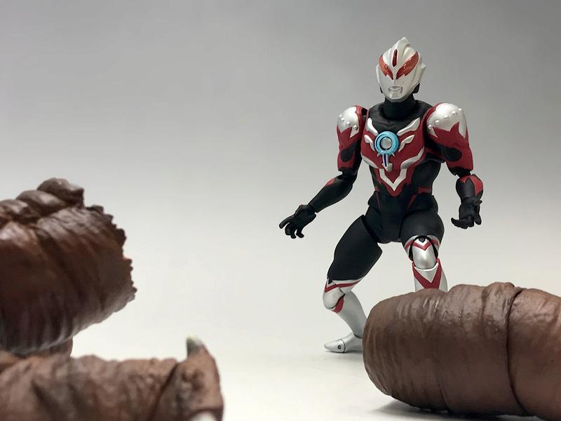 Ultraman (S.H. Figuarts / Bandai) - Page 3 99d71e10
