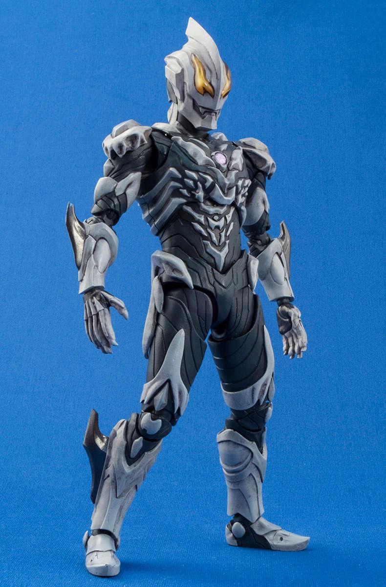 Ultraman (S.H. Figuarts / Bandai) - Page 4 B2312f10