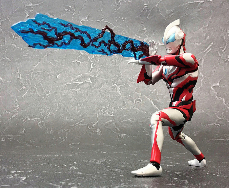 Ultraman (S.H. Figuarts / Bandai) - Page 3 C634ed10