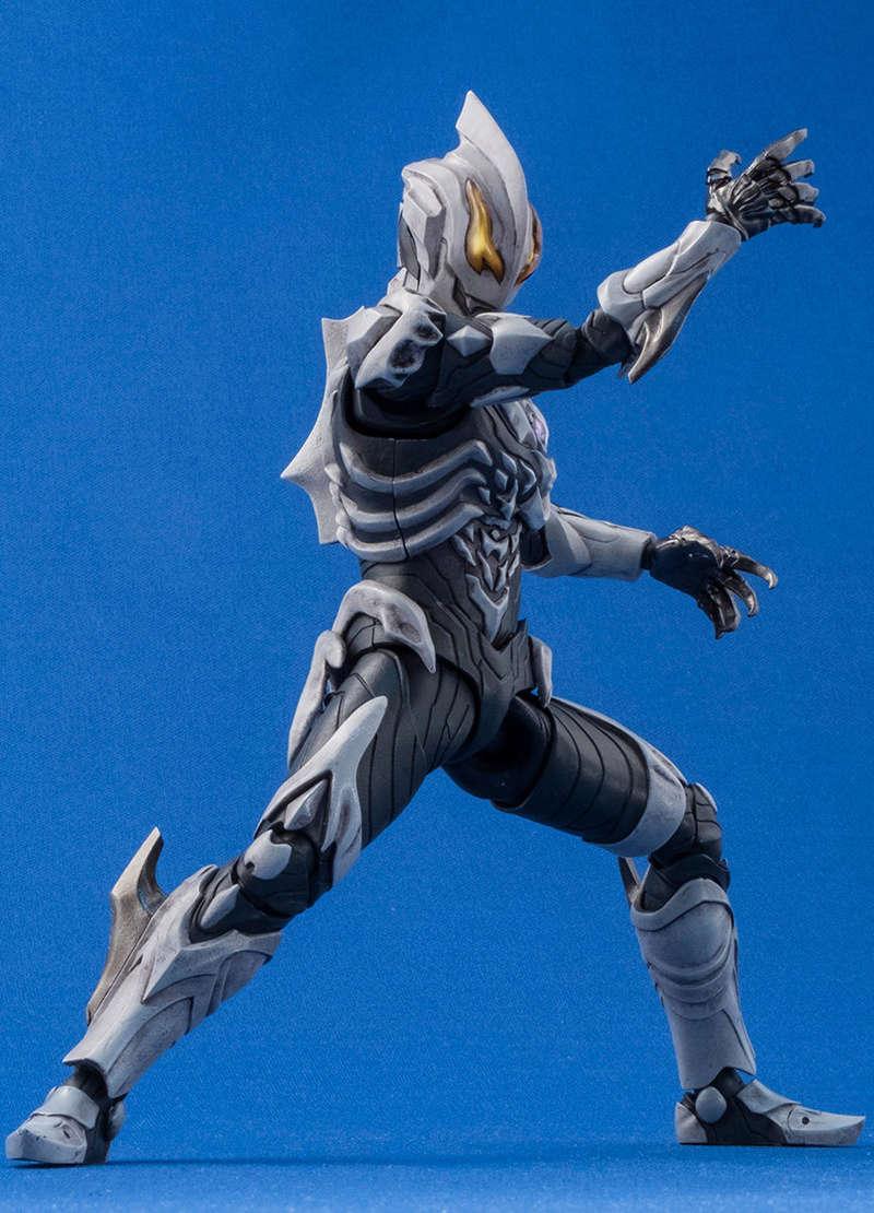 Ultraman (S.H. Figuarts / Bandai) - Page 4 C77e2e10