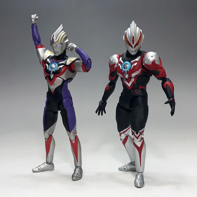 Ultraman (S.H. Figuarts / Bandai) - Page 3 D772cb10