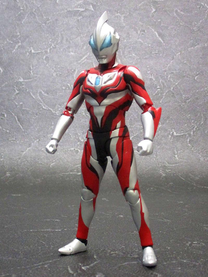Ultraman (S.H. Figuarts / Bandai) - Page 3 F776f510