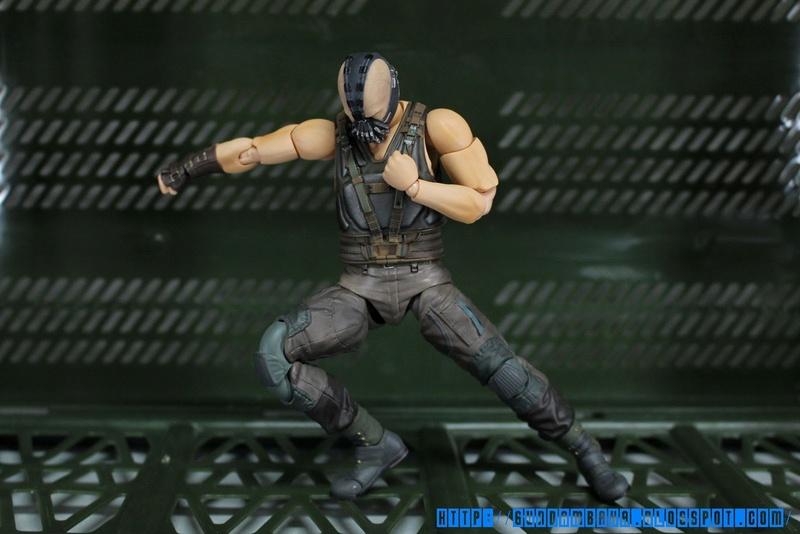 Batman The Dark Knight Rises : Bane Mafex (Medicom Toys) Mafexb17