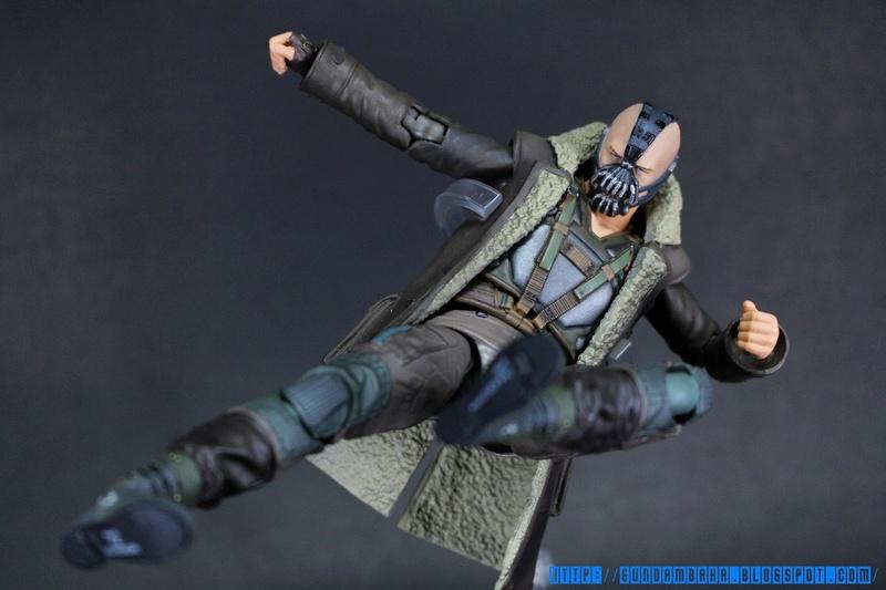 Batman The Dark Knight Rises : Bane Mafex (Medicom Toys) Mafexb22
