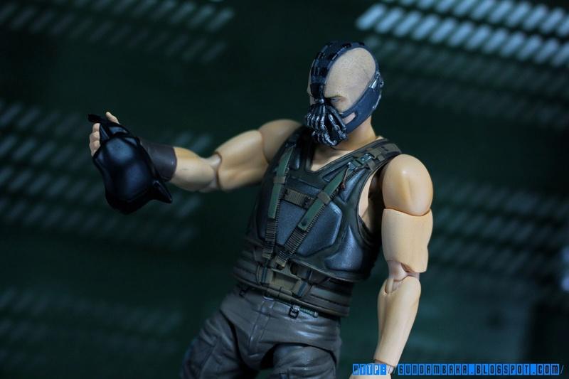 Batman The Dark Knight Rises : Bane Mafex (Medicom Toys) Mafexb26