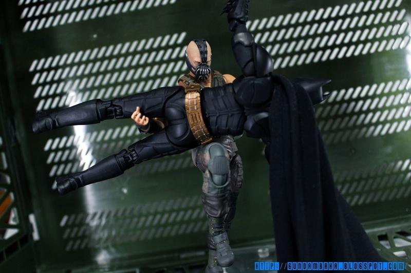 Batman The Dark Knight Rises : Bane Mafex (Medicom Toys) Mafexb29