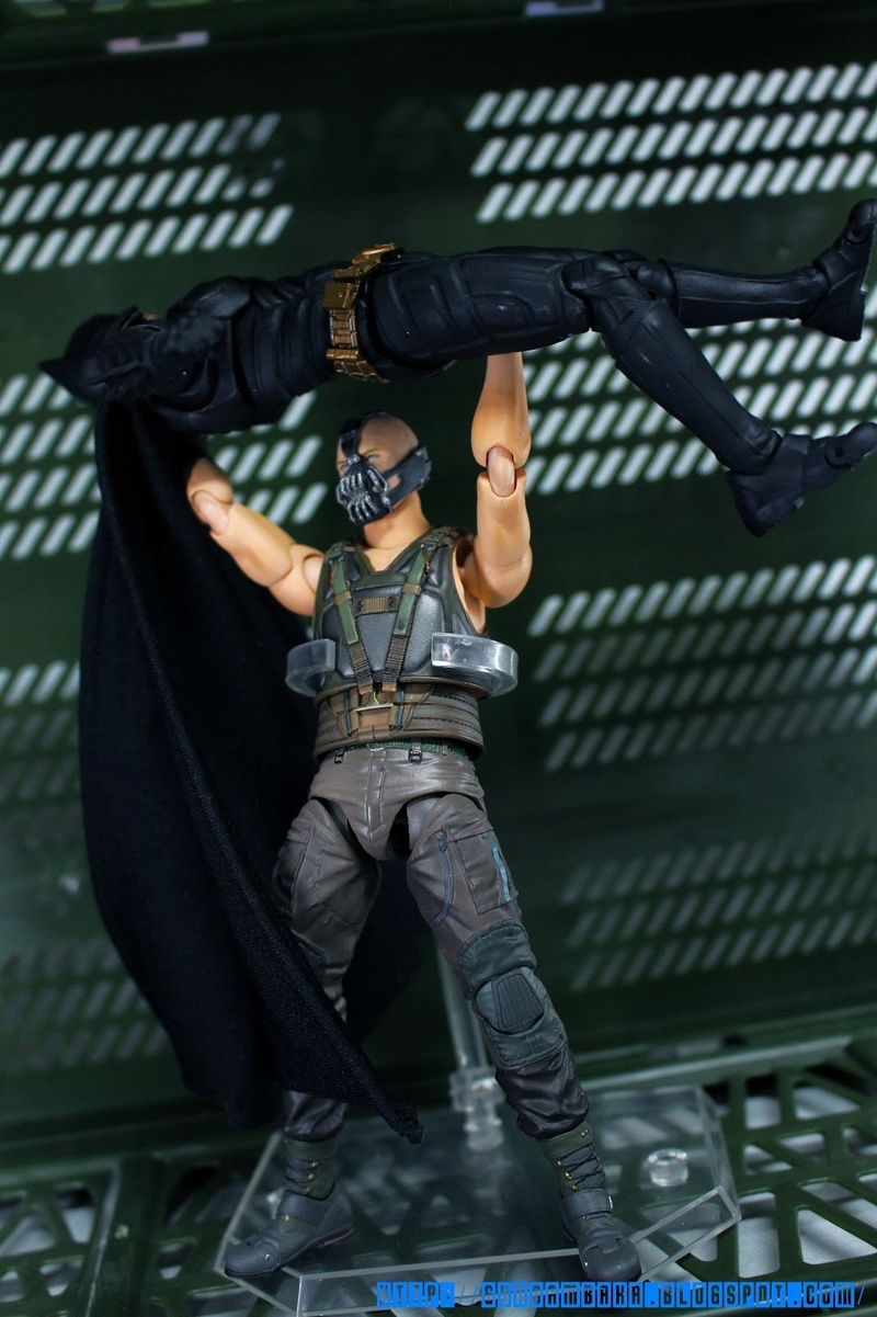 Batman The Dark Knight Rises : Bane Mafex (Medicom Toys) Mafexb30