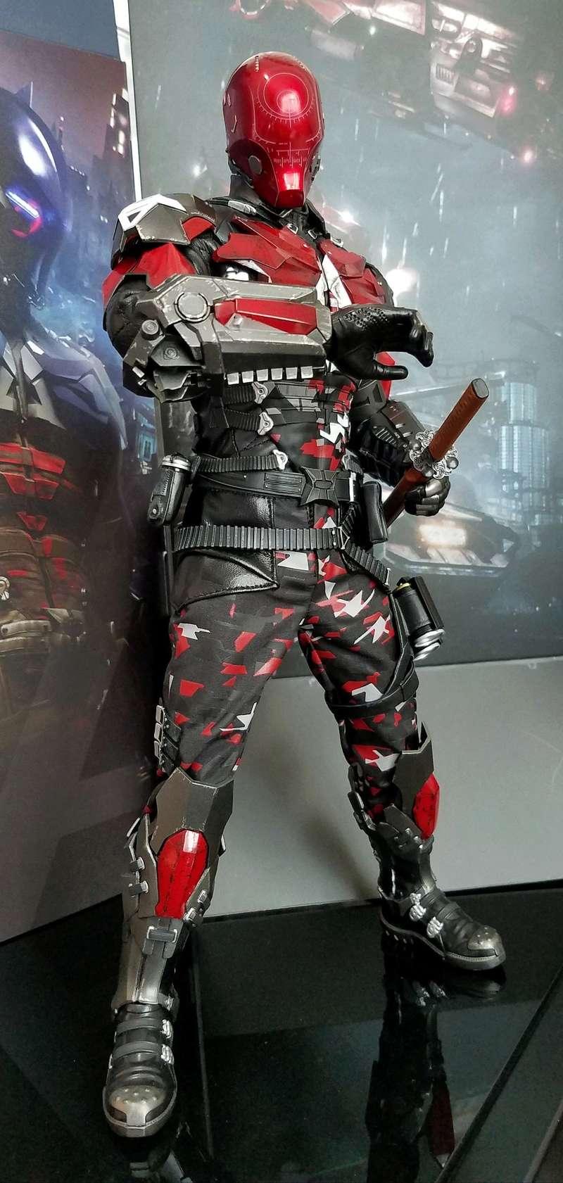 Batman Arkham Knight - 1/6 Collectible Figure (Hot Toys) Nulcbm10