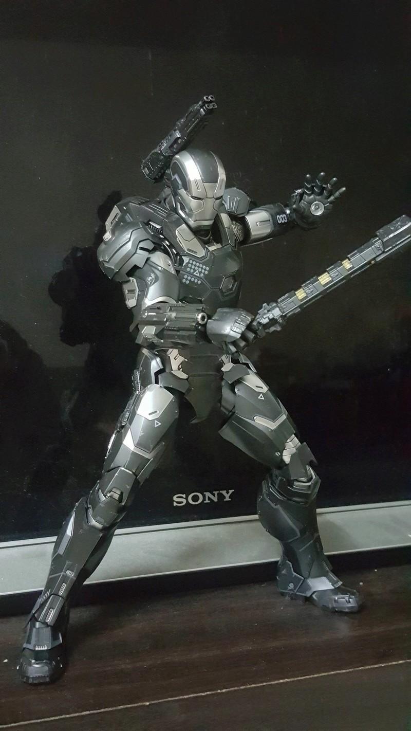 Captain America Civil War : War Machine 1/6 (Hot Toys) Uj4bp010