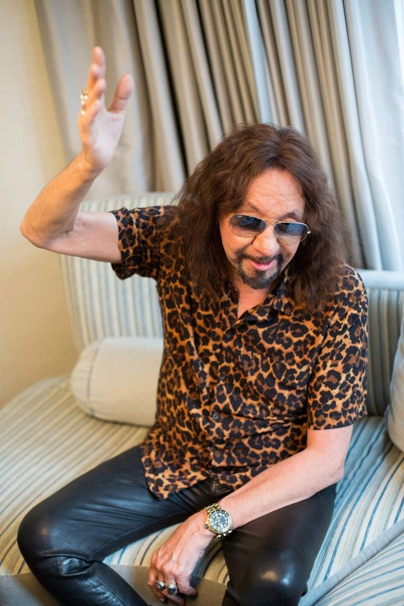 Ace Frehley News ! - Page 7 Https_12